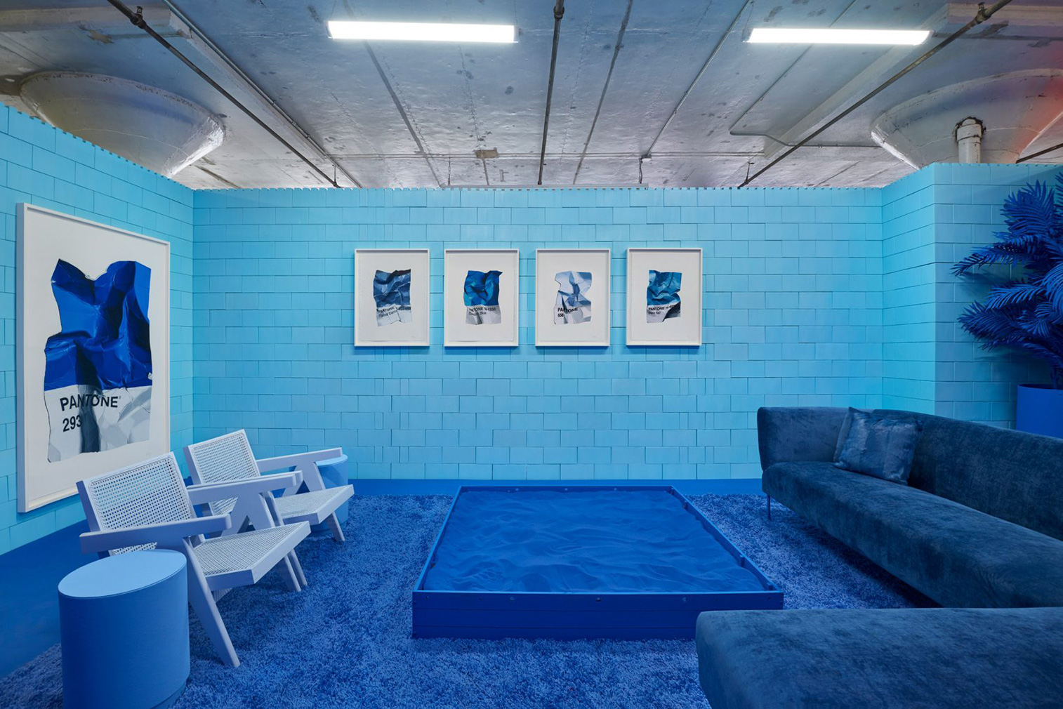 Artist CJ Hendry brings Pantone colours to life in this Instagramable installation