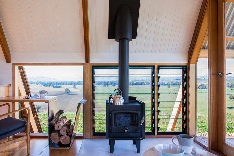 JR's ecohut is a tiny retreat nestled into Australia's remote Kimo Estate