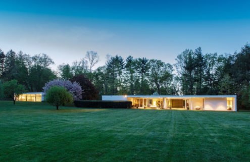 Modernist glass house hits the market in New Canaan for the first time ever