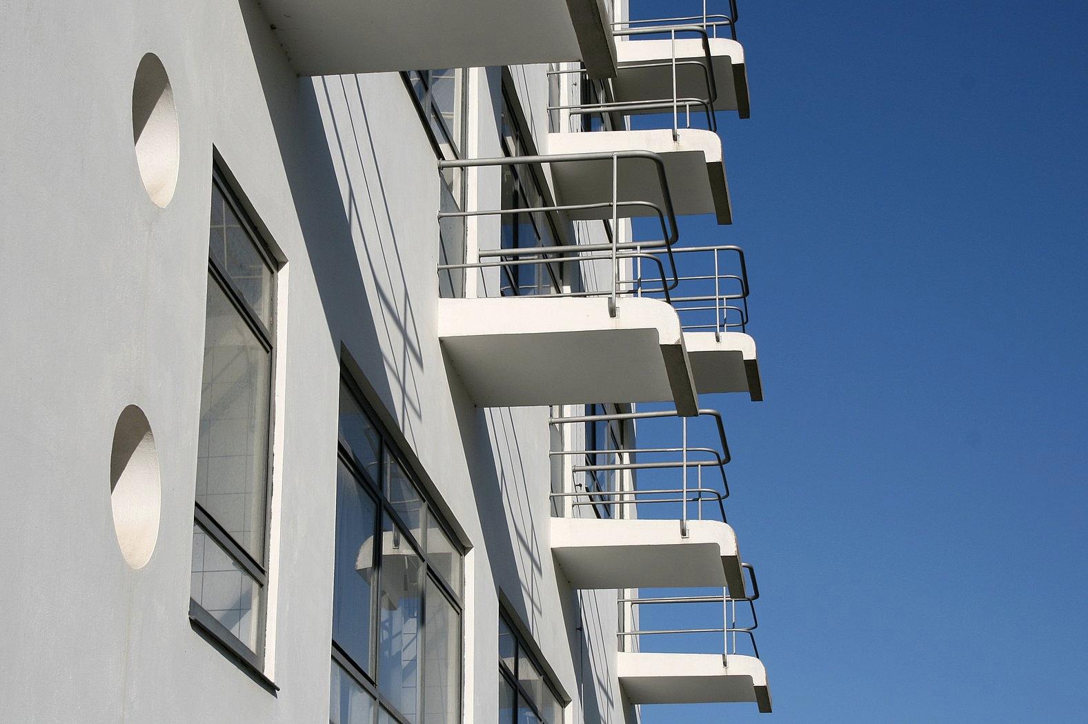 Bauhaus Dessau modernist holiday home for rent