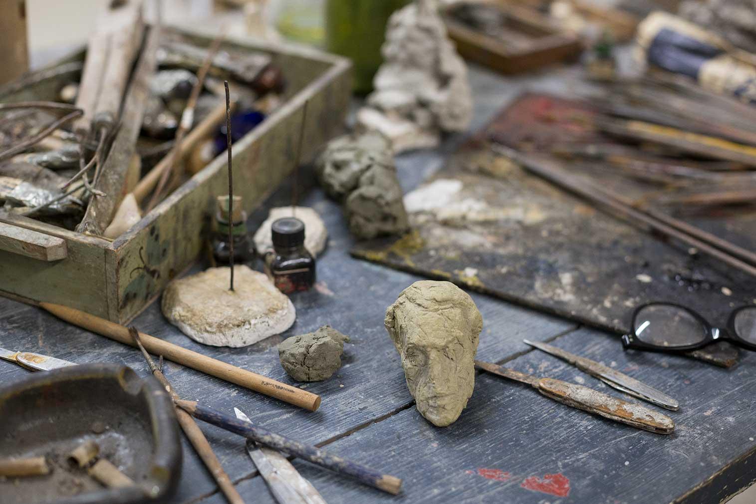 Reconstruction of the studio (c) Giacometti Estate (Giacometti Foundation + ADAGP) Paris 2018