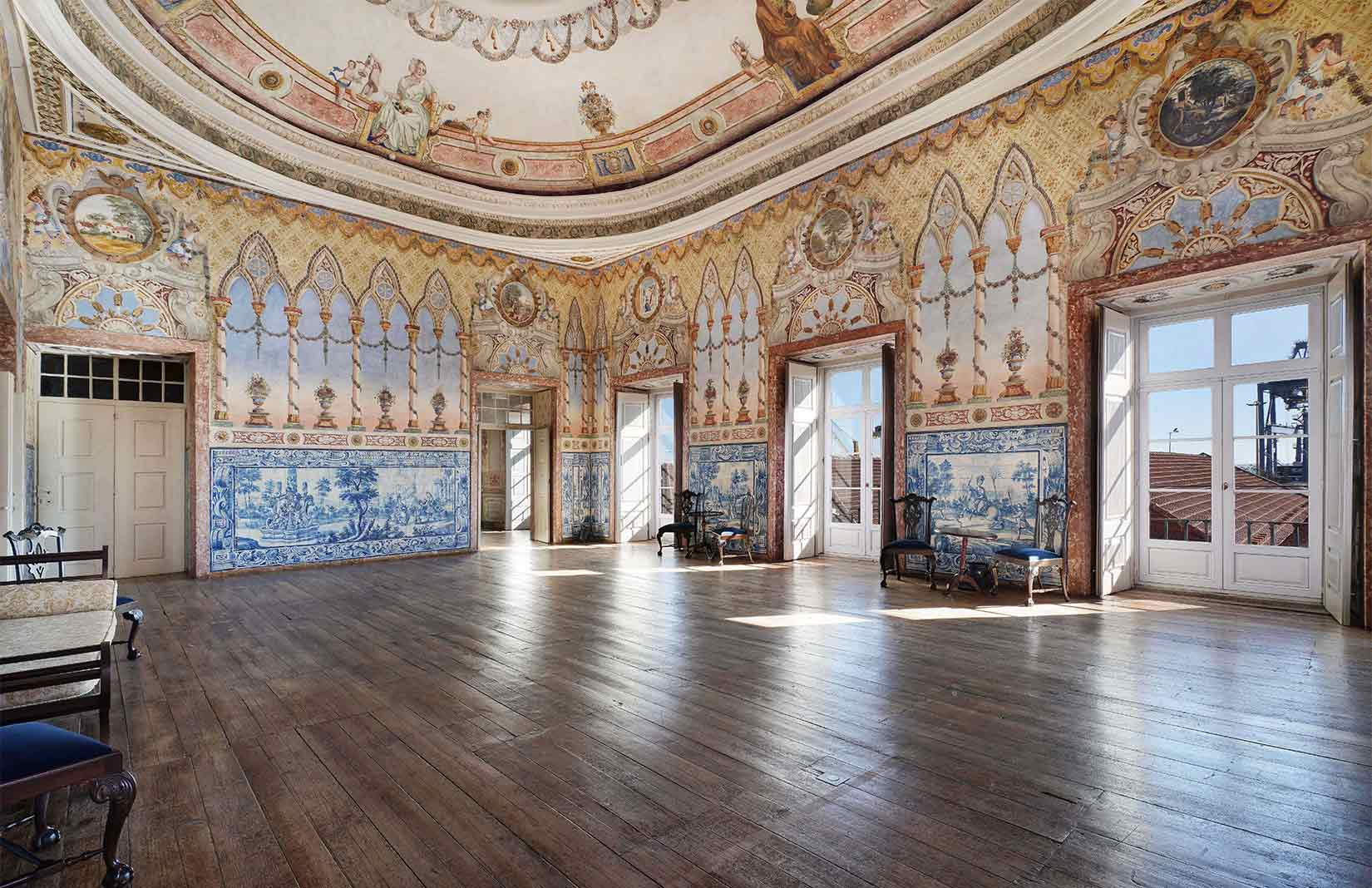 Lisbon's ornate Xabregas Palace comes up for sale