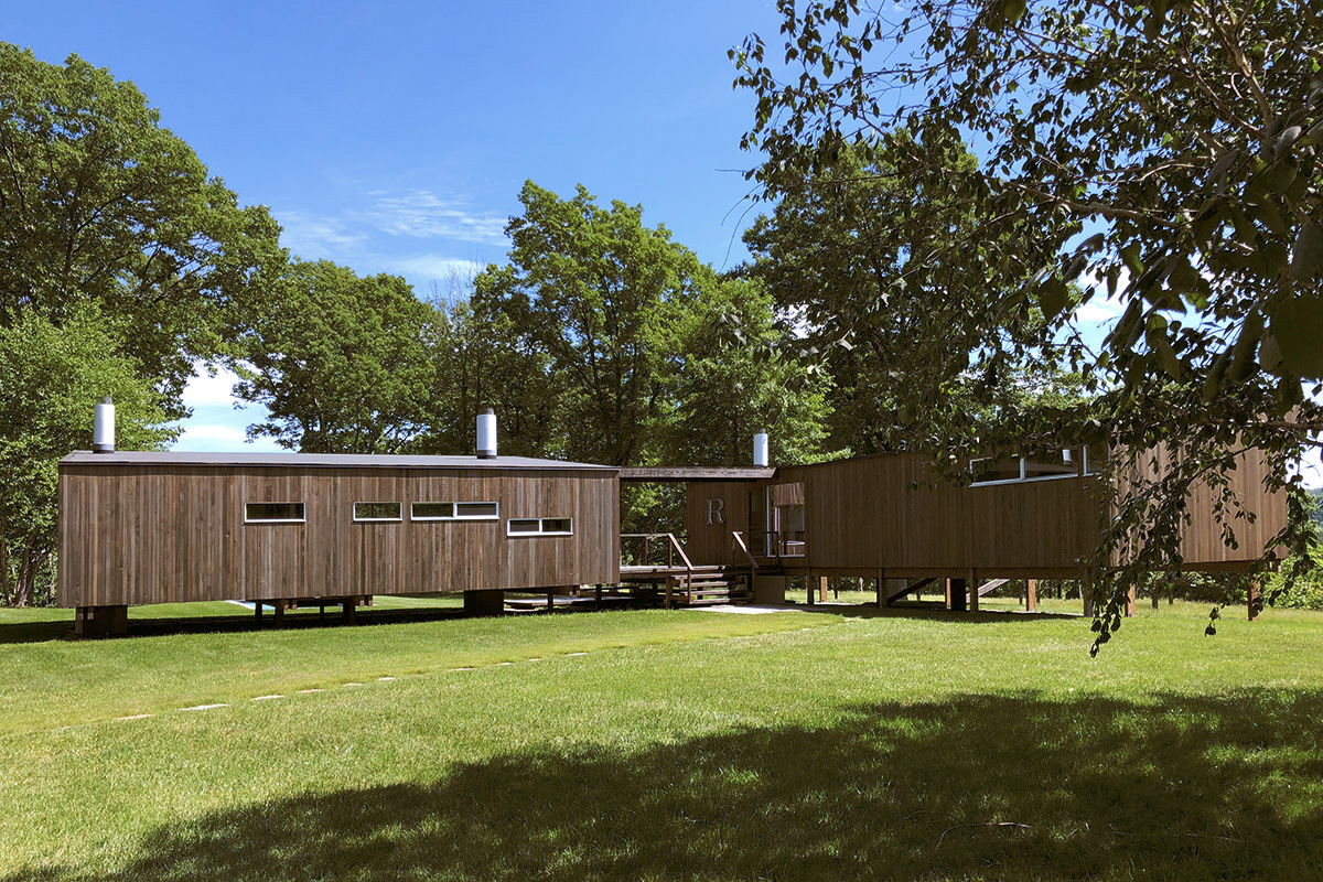 Marcel Breuer's Stillman Cottage heads for the auction block
