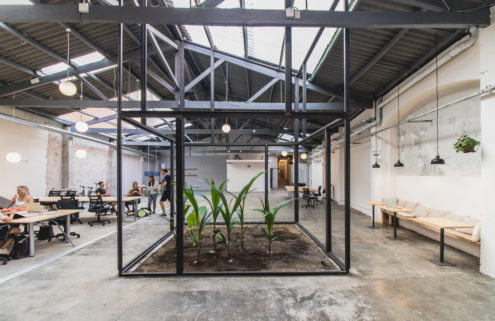Defunct Barcelona warehouse becomes a coworking space