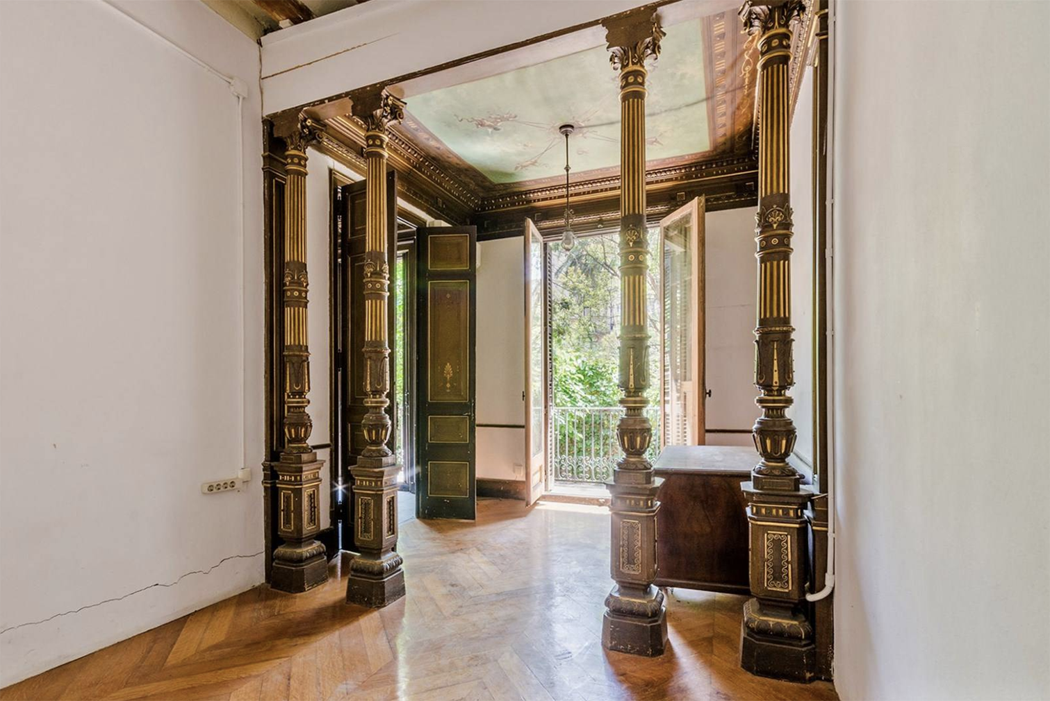 Barcelona Gothic apartment for sale