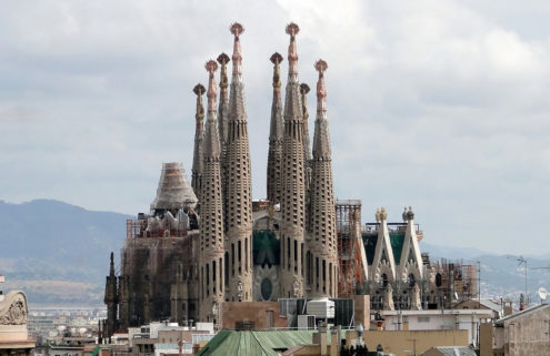 Barcelona's iconic Sagrada Família is finally getting planning permission