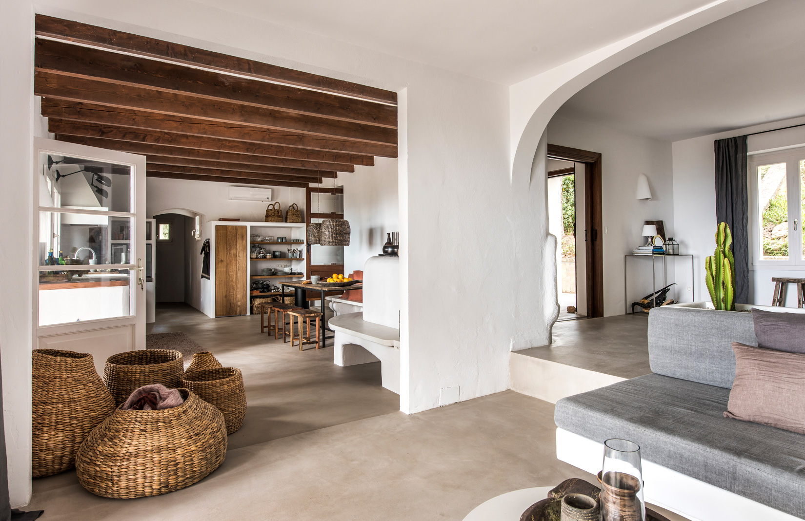 Modern Mallorcan holiday villa with Ibizan views lists for €2.95m