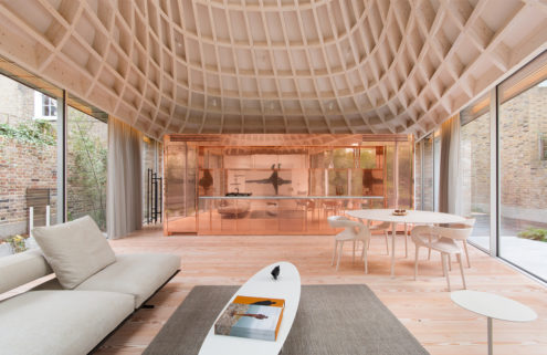 Gianni Botsford designed pavilion home hits the market for £5.95m