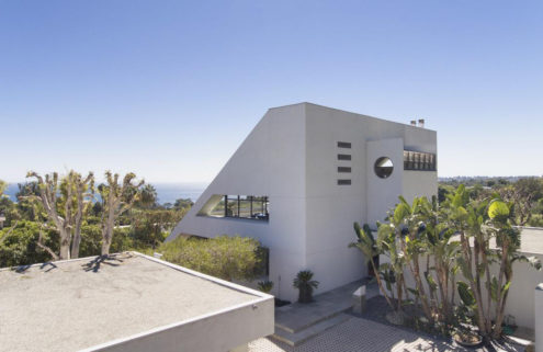 Malibu home made famous by Star Trek lists for $5.7m