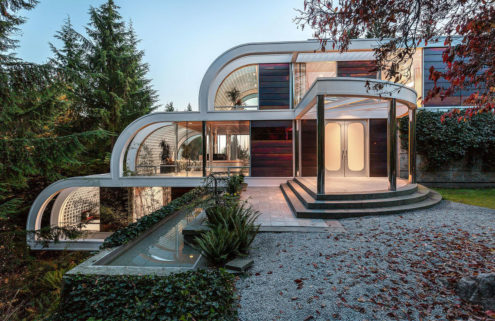 Curvy glass house by Arthur Erickson asks for $16.8m in Vancouver