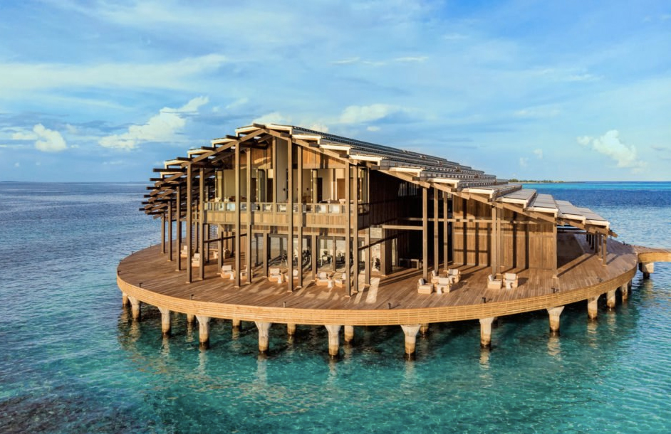 This Floating Maldivian Resort Is 100 Eco Powered The