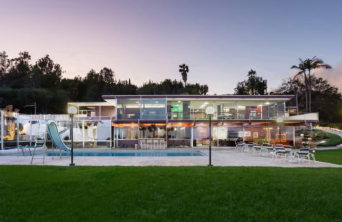 Bumper-sized Neutra house lists for $4.1m in Los Angeles