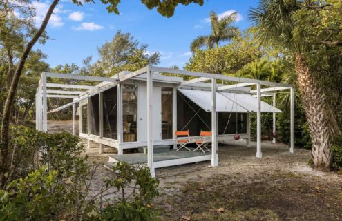 Paul Rudolph's Walker Guest House is for sale in Florida