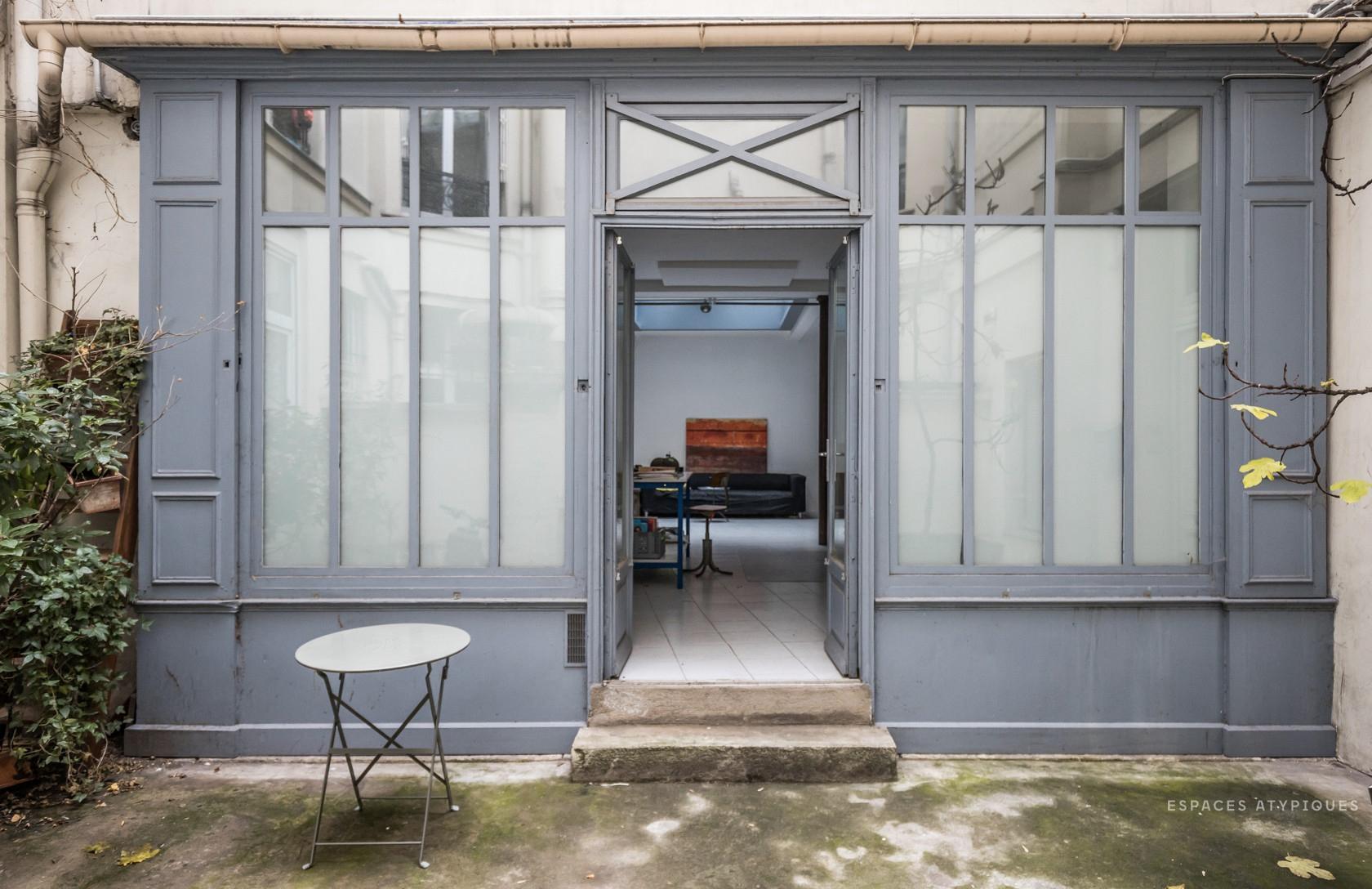 Out top properties of the week -- a Paris artist's loft