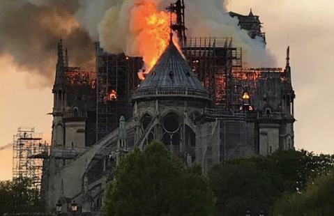 French billionaires promise millions to rebuild Notre Dame Cathedral