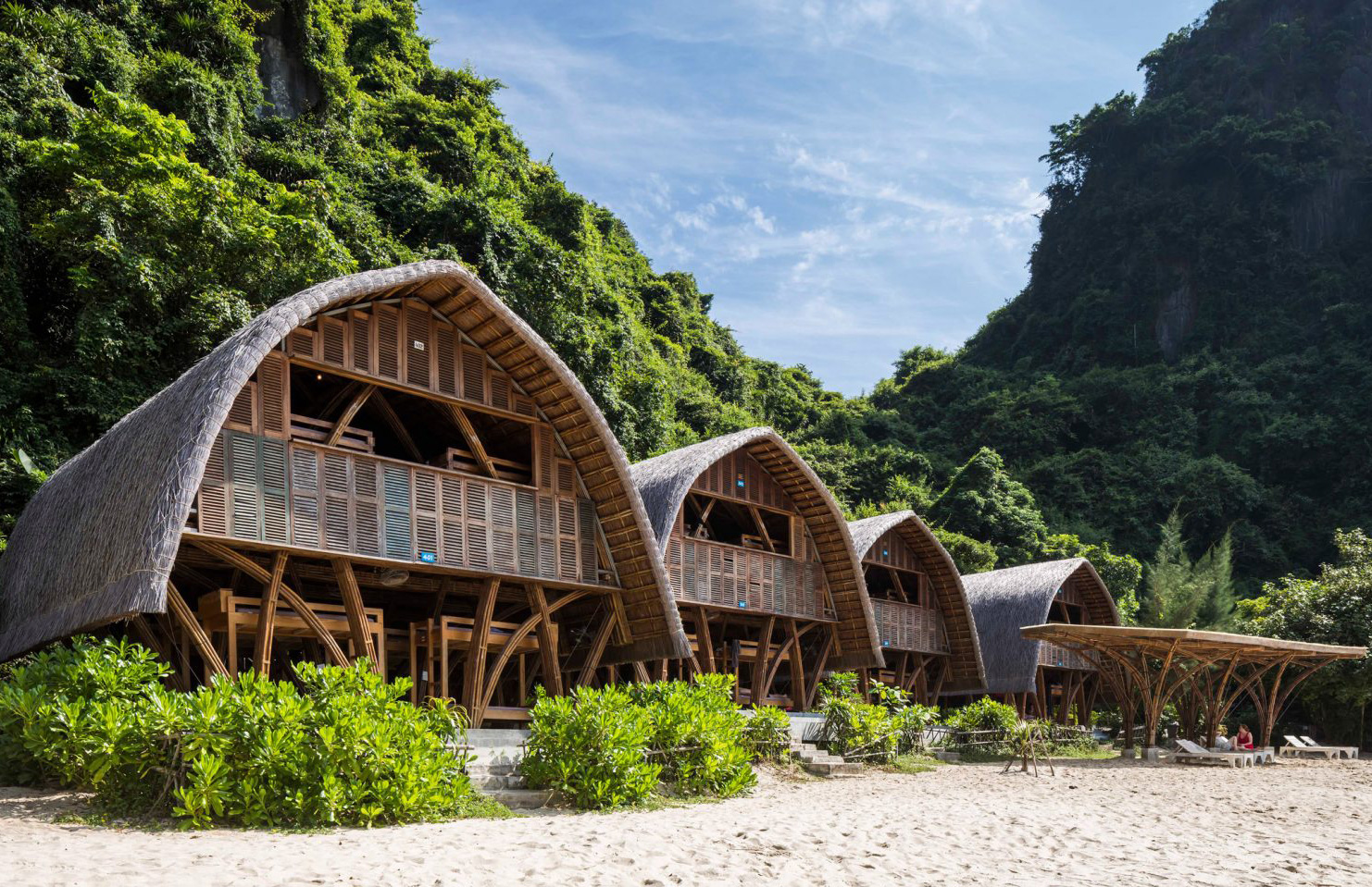 Guests can live out their desert island fantasies