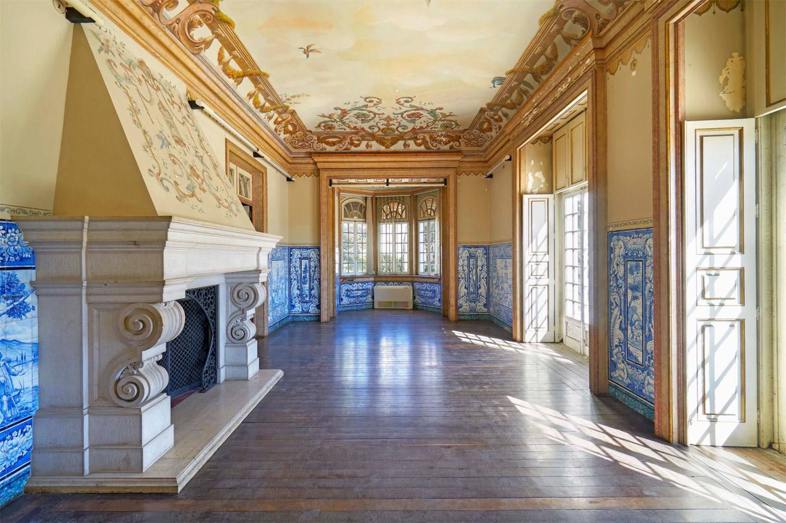5 of our favourite Lisbon properties on the market right now: Lisbon palace