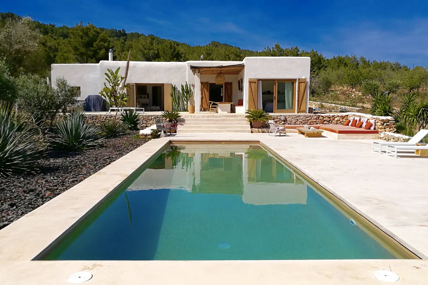 Ibizan holiday villas where you can catch the last summer rays: Countryside finca