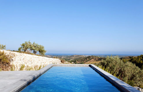 7 holiday villas with spectacular swimming pools