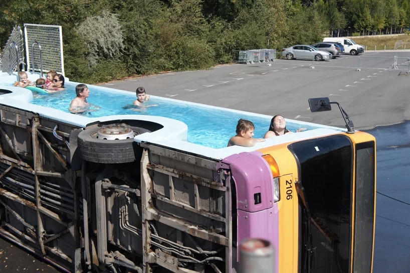 The bus pool in France by Benedetto Bufalino