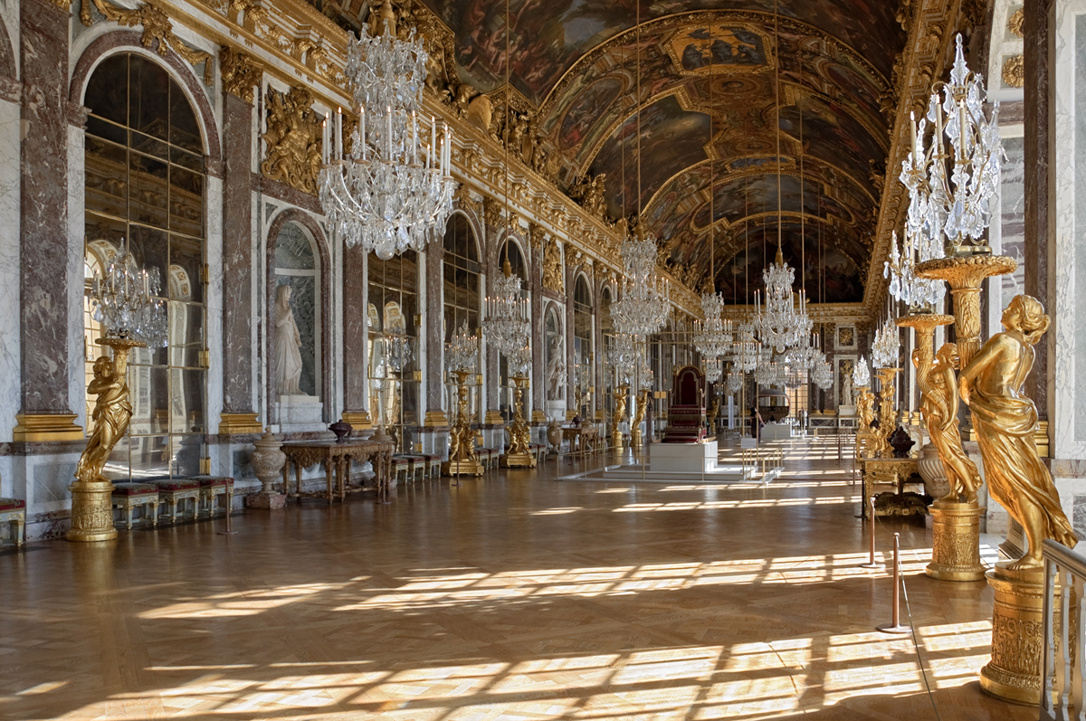 You'll soon be able to spend the night in the Palace of Versailles - The Spaces