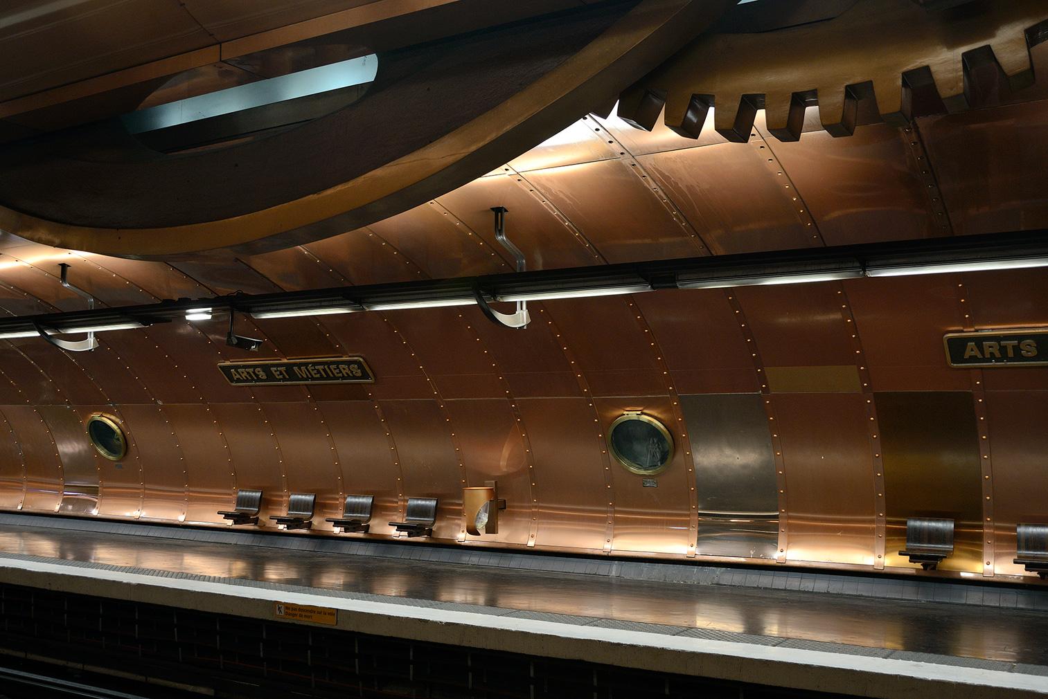 Take an architectural tour of the Paris Métro system
