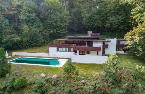 A midcentury home by a Frank Lloyd Wright acolyte has hit the market in Connecticut