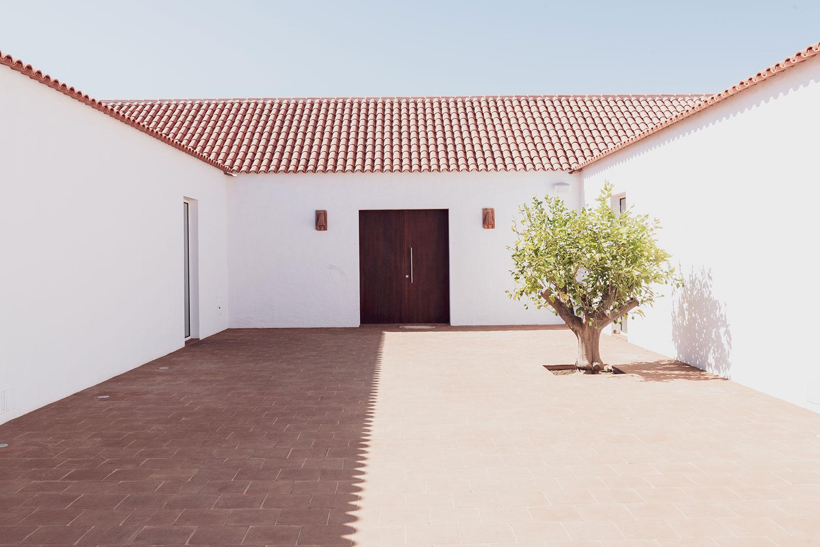 Casa do Ancoradouro. Photography: Francisco Van Zeller