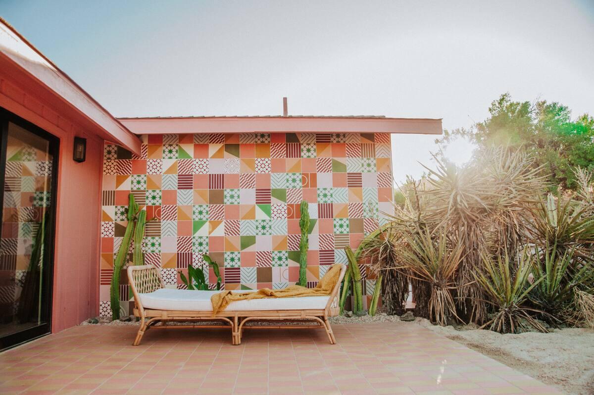 Oeste Home is a Californian desert retreat