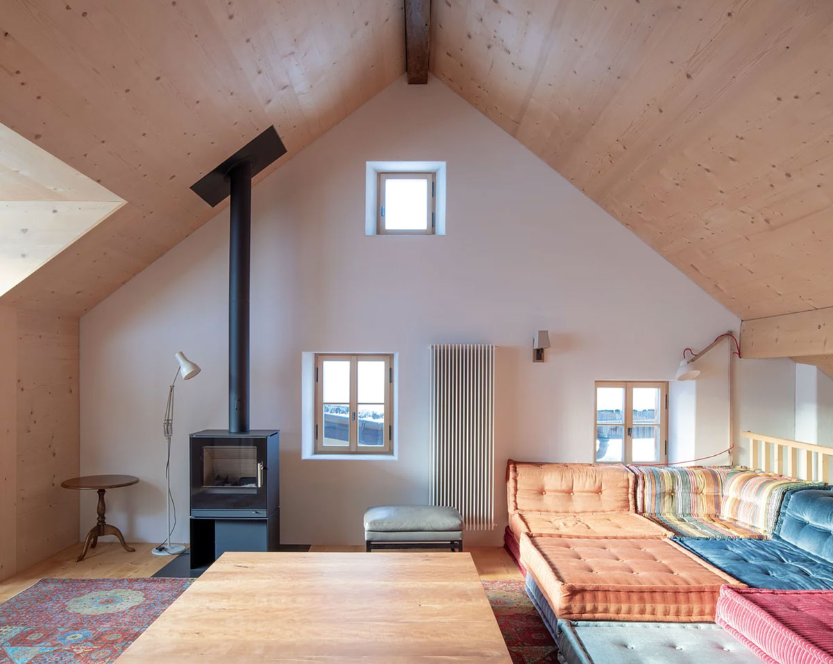 Jonathan Tuckey revives a 17th-century as a contemporary chalet - The Nossenhaus